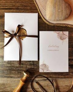 Hochzeitseinladungen-Hochzeit-individuell-Werkemitstil